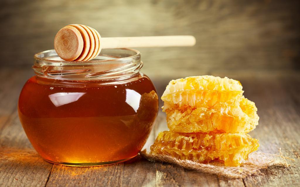فواید عسل برای سلامتی: سرشار از ویتامین ها و مواد معدنی