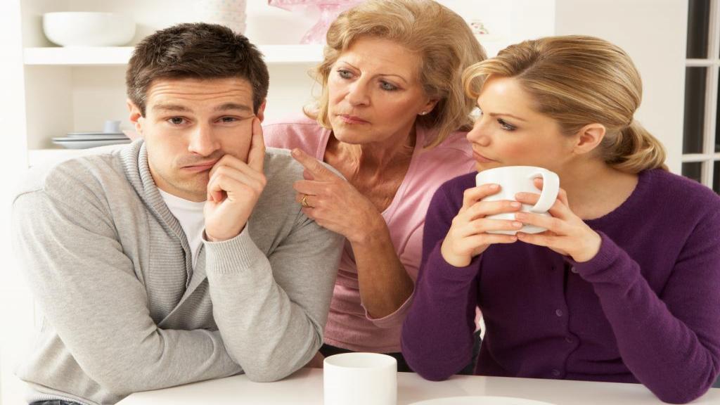 هنگامی که خانواده با ازدواج شما مخالفت می کنند چه باید کرد؟