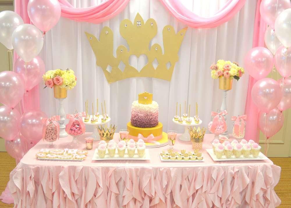 تم تولد تاج برای دختر بچه ها