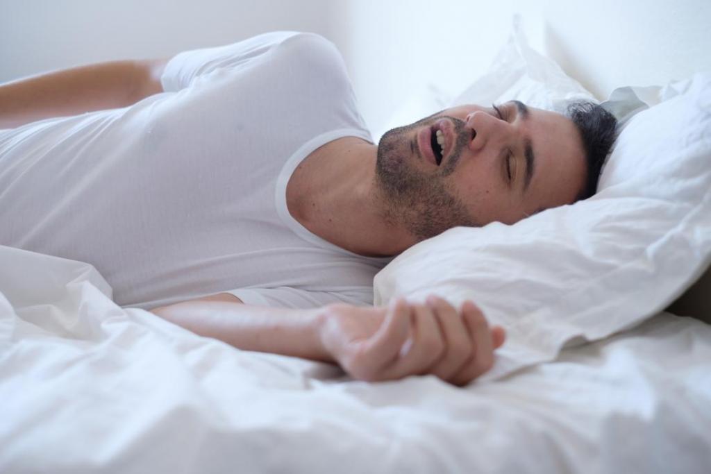 آپنه خواب از علل فشار خون بالا