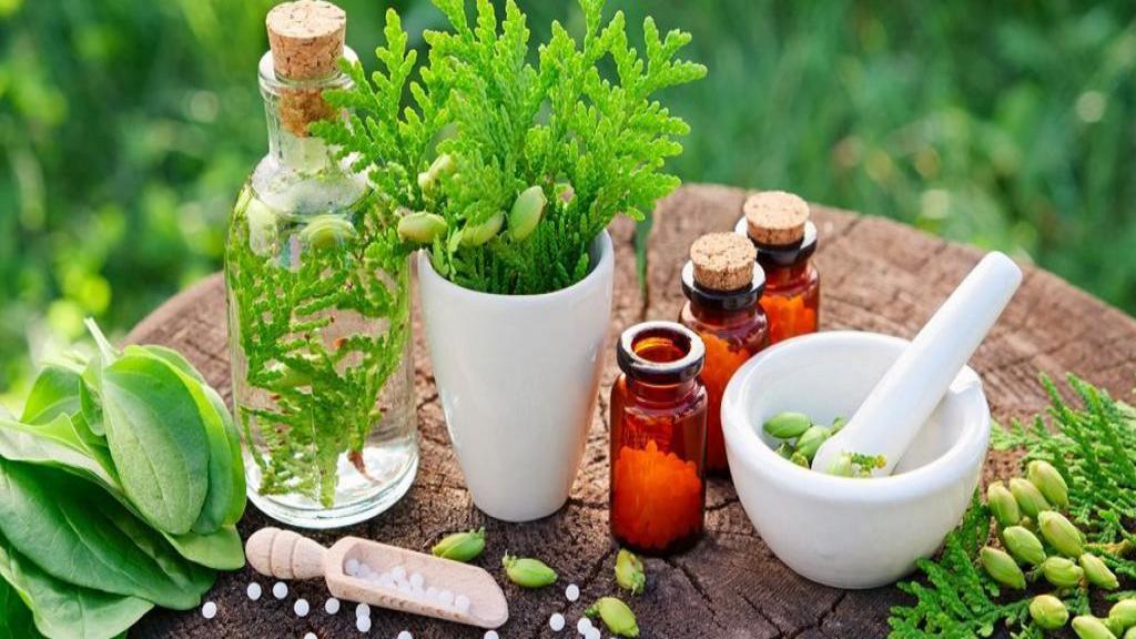 توصیه های طب سنتی برای داشتن پوست سالم و شفاف بدون جوش و لک