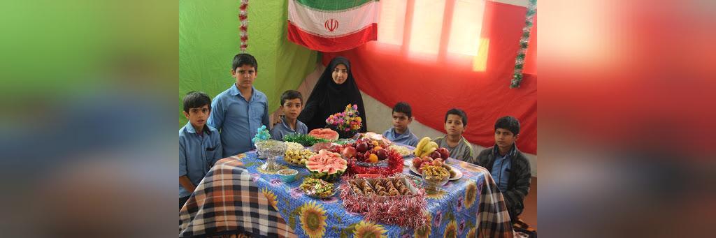تزیین ساده شب یلدا برای مدرسه