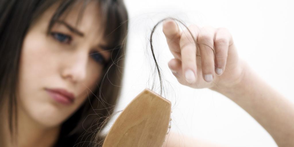 علل ریزش مو در دوران بارداری