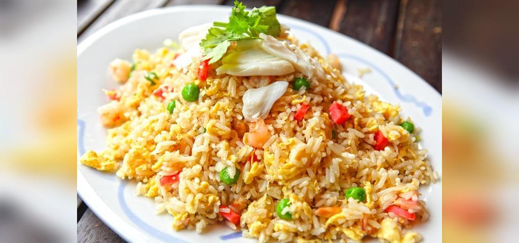 روش درست کردن برنج با تخم مرغ سرخ شده برای کودکان