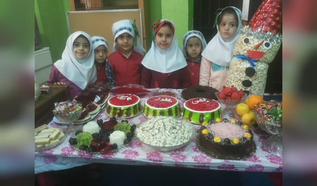 تزیین شب یلدا برای مدرسه مدرن
