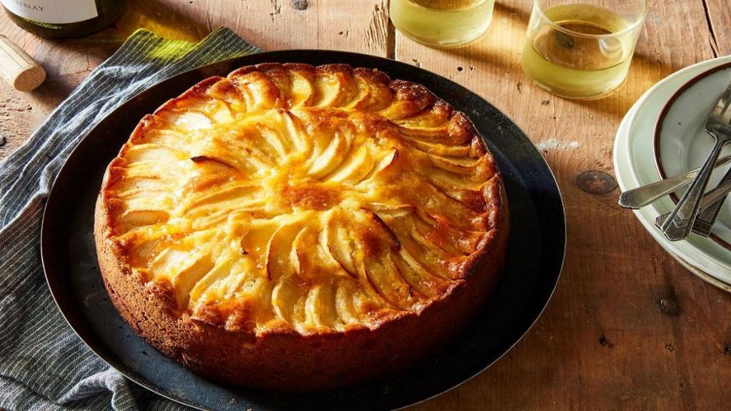 طرز تهیه کیک سیب و دارچین خانگی خوشمزه با سیب رنده شده