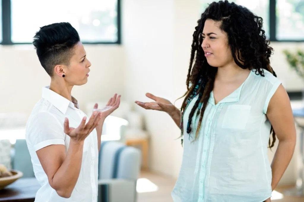مواردی که هرگز نباید در مشاجره به همسرتان بگویید