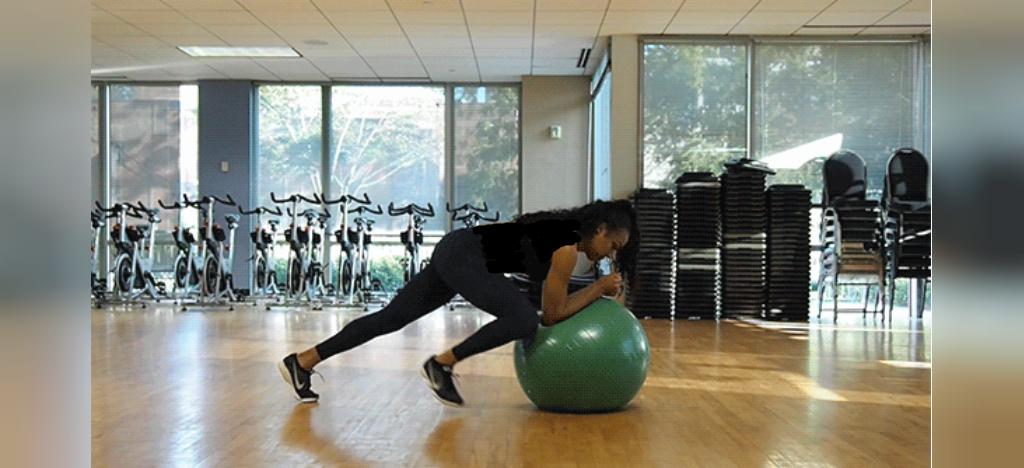 ورزش برای لاغری شکم با توپ بدنسازی