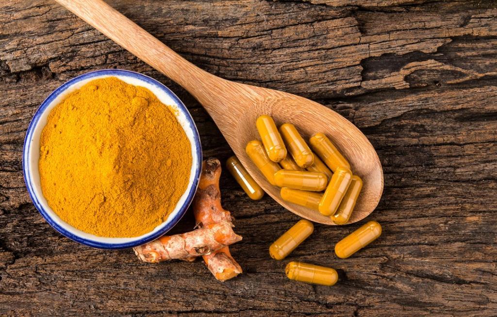 نکات مهم پیش از مصرف زردچوبه برای درمان سرطان پروستات