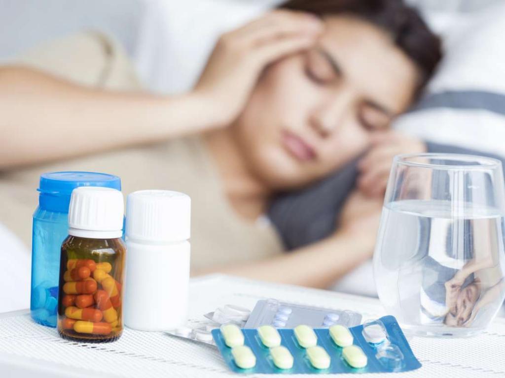 داروهای مسکن که با اسطوخودوس تداخل دارند