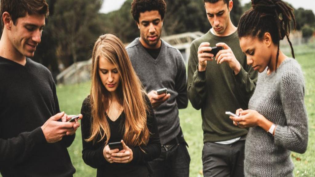 علائم اعتیاد در جوانان و نوجوانان؛ نشانه های فرد معتاد به تریاک