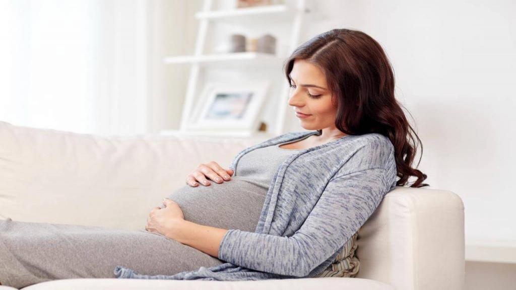 آیا با وجود پریود شدن احتمال بارداری همزمان هست