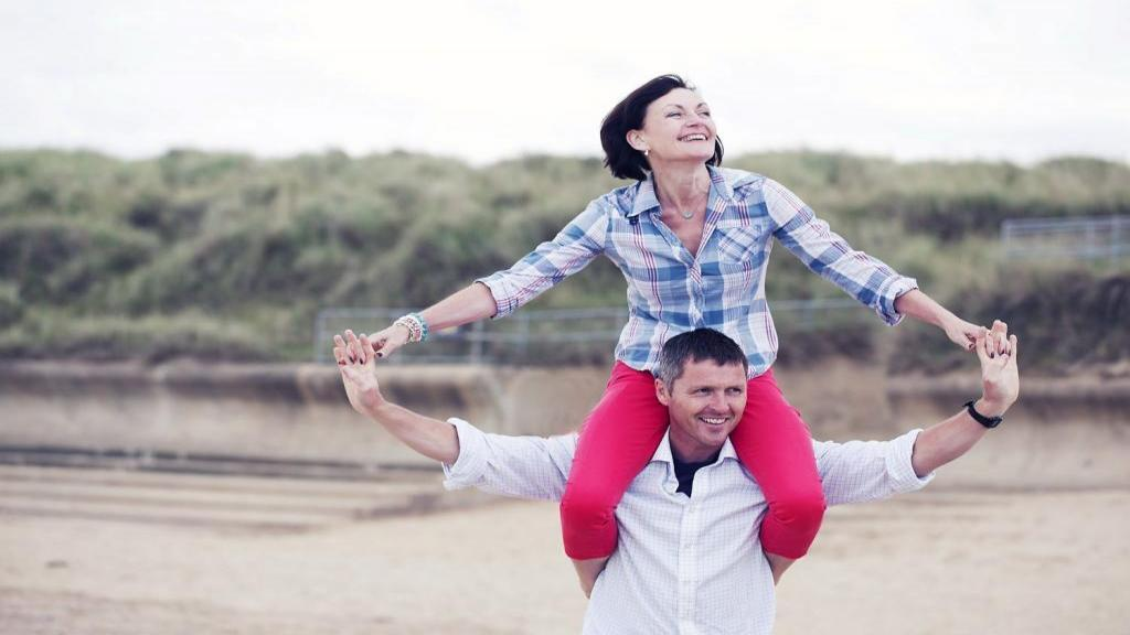 10 راه برای احیای روابط عاشقانه؛ چگونه روابط زناشویی را نجات بدهیم؟