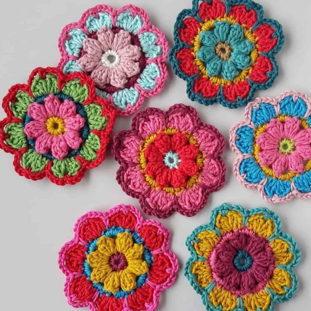 مدل گل بافتنی فانتزی رنگارنگ