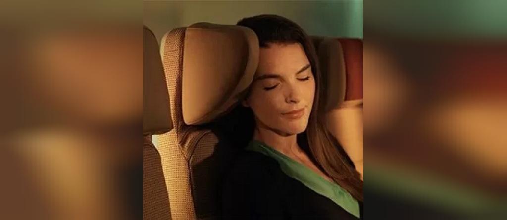 توصیه های کاربردی برای راحت خوابیدن در هواپیما