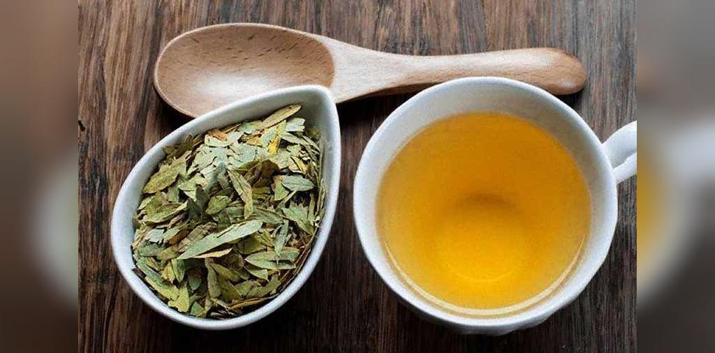 بهترین چای های گیاهی برای درمان یبوست