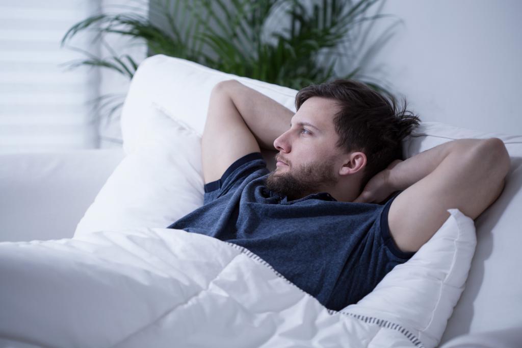 صمغ کتیرا از بهترین روش های درمانی برای افزایش میل جنسی در مردان است.