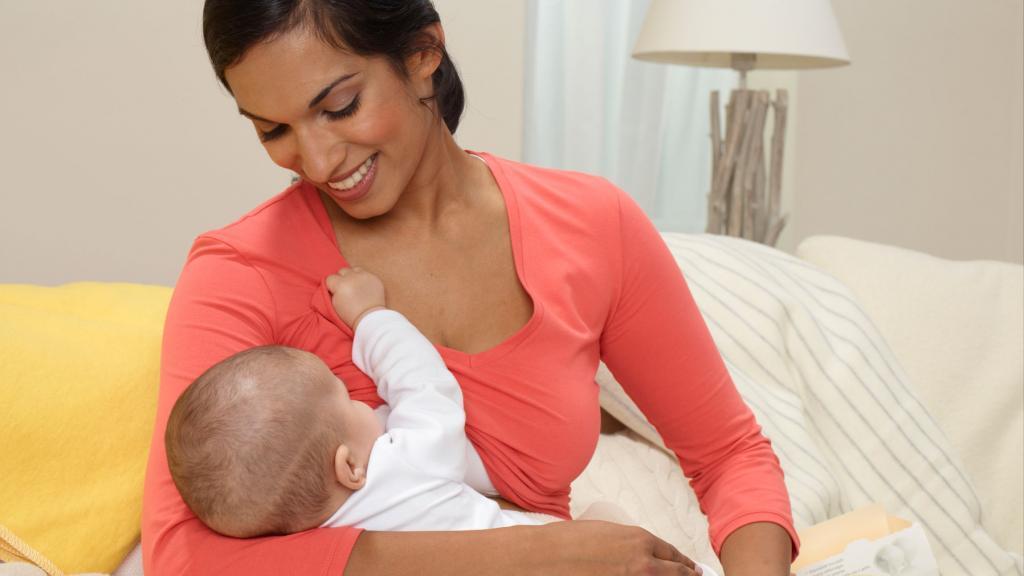 علل درد و تحریک نوک سینه ها در زمان شیردهی + درمان و پیشگیری