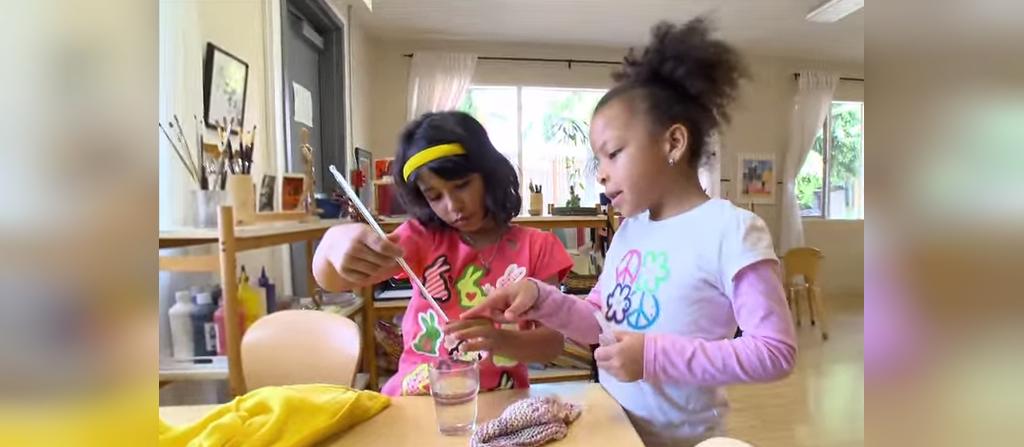 چطور بازی کردن دربیرون از خانه به بچه ها کمک می کند