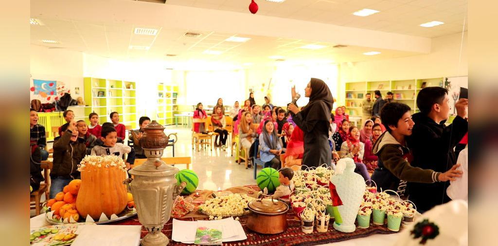 تزیین شب یلدا برای مدرسه