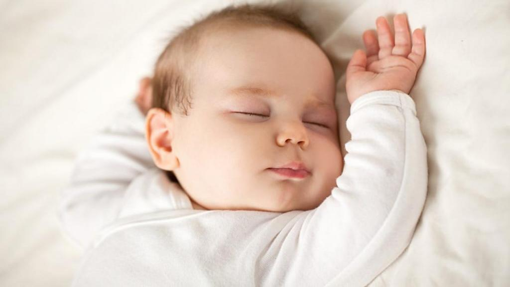 بهترین حالت خواب برای کودک از نظر پزشکان چیست؟