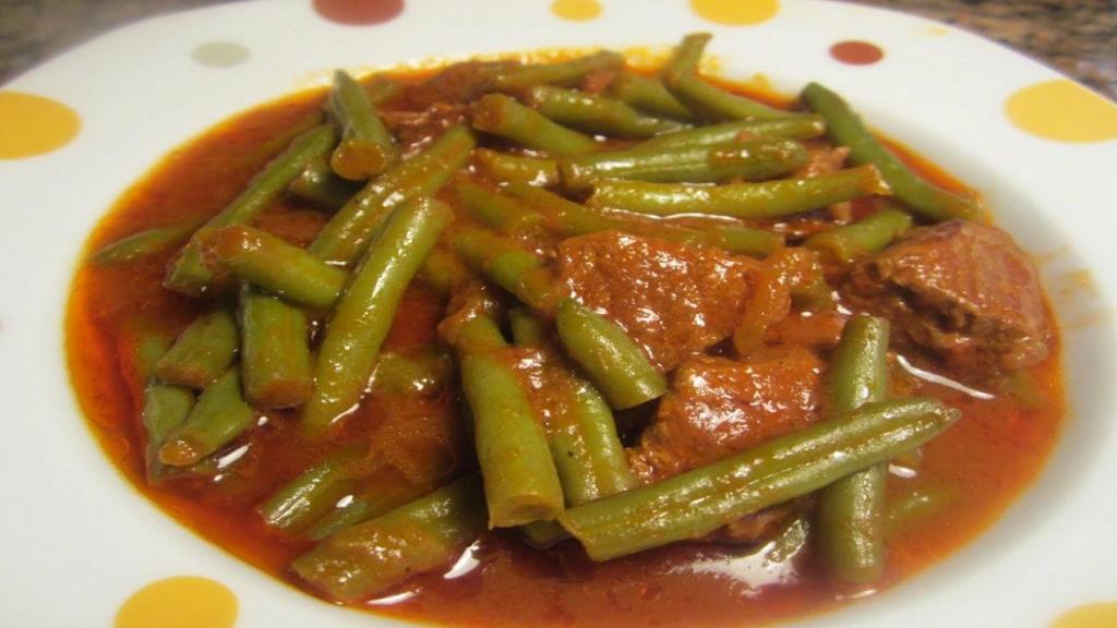طرز تهیه خورشت لوبیا سبز خوشمزه و مجلسی با گوشت مرحله به مرحله