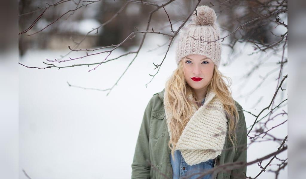 ژست عکس پروفایل دخترونه برفی