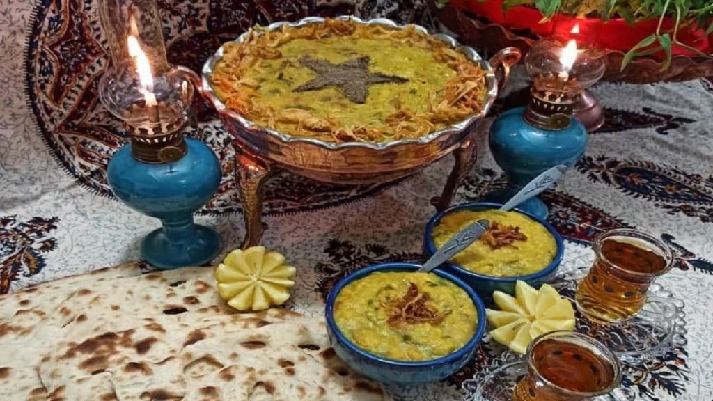 طرز تهیه آش سبزی شیرازی خوشمزه و کشدار اصیل با گوشت