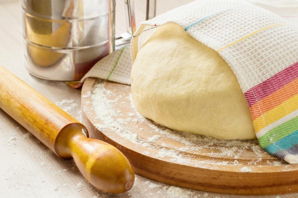 طرز تهیه خمیر پیتزا کالزونه خانگی