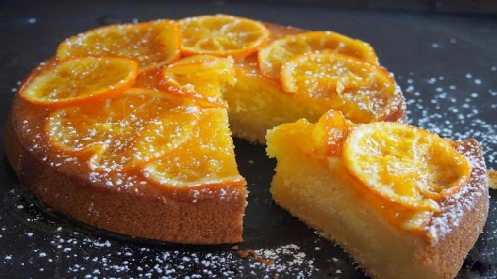 طرز تهیه کیک پرتقالی خیس خانگی خوشمزه و اسفنجی با سس پرتقال