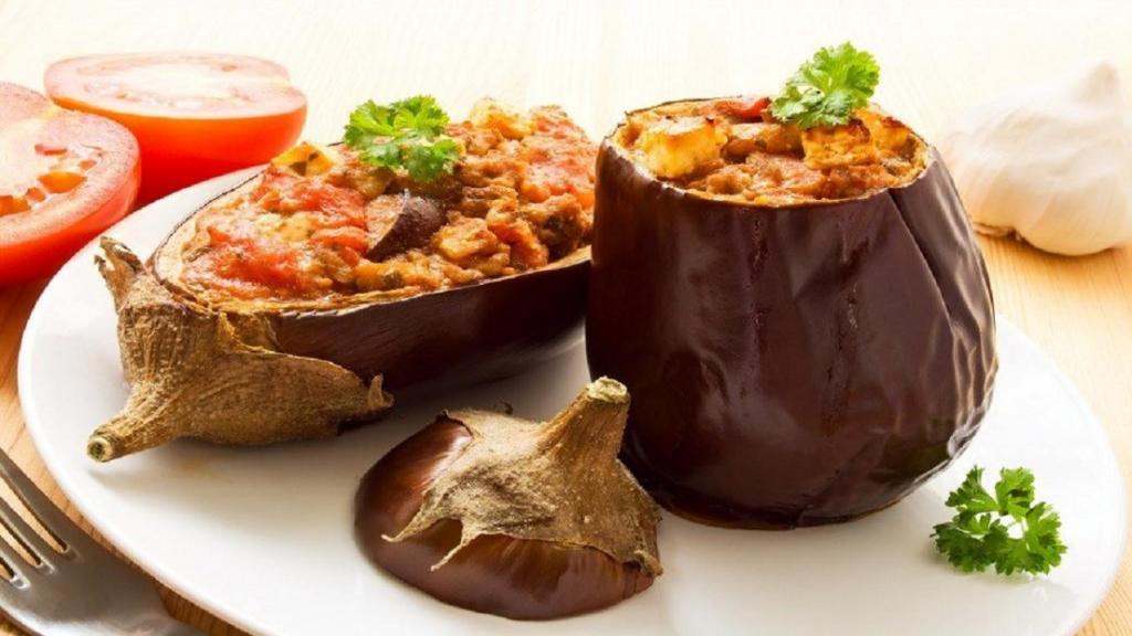 طرز تهیه دلمه بادمجان خوشمزه ترکی با گوشت چرخ کرده اصیل آذری