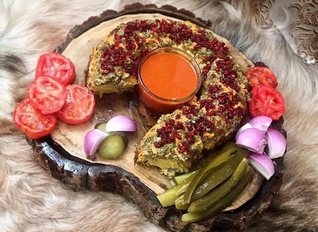 طرز تهیه کوکوی لوبیا سبز با مرغ