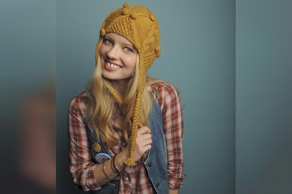 مدل کلاه گوشه دار زنانه طرح دار