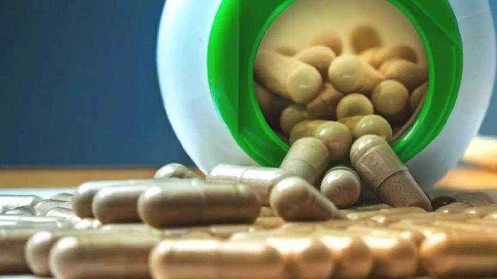 لاتریل (ویتامین B17 یا آمیگدالین): مزایا، عوارض و منابع غذایی آن