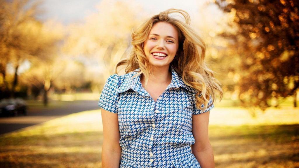 راز زنان شاد ؛ 15 راه ساده برای شاد بودن و نشاط در زندگی زنان
