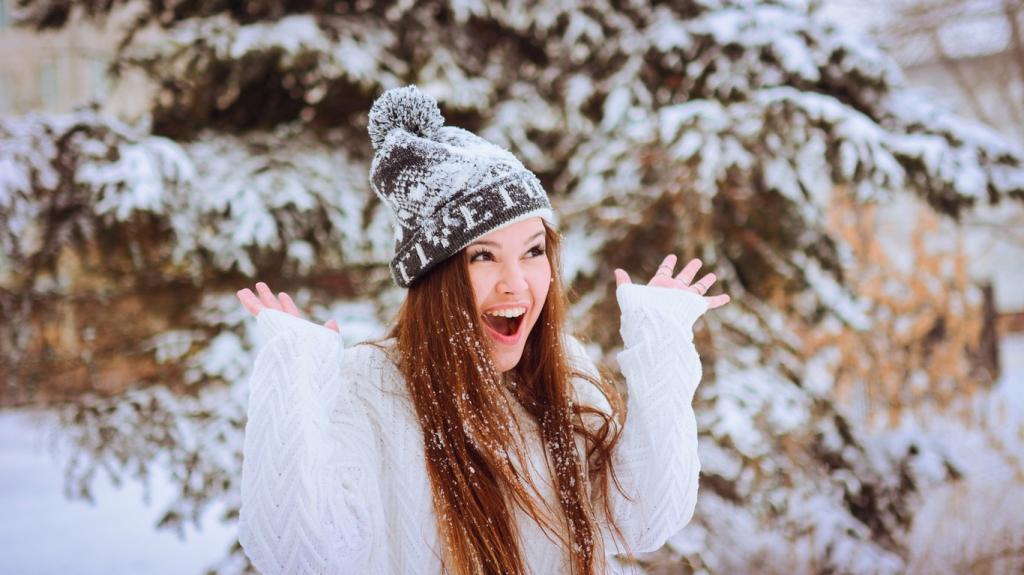 عکس زمستانی دخترانه شاد برای پروفایل