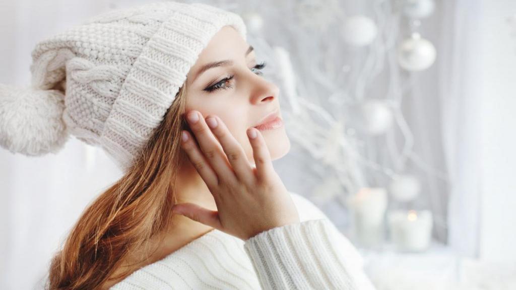 مراقبت از پوست صورت و بدن در زمستان و سرما با 7 راز ساده
