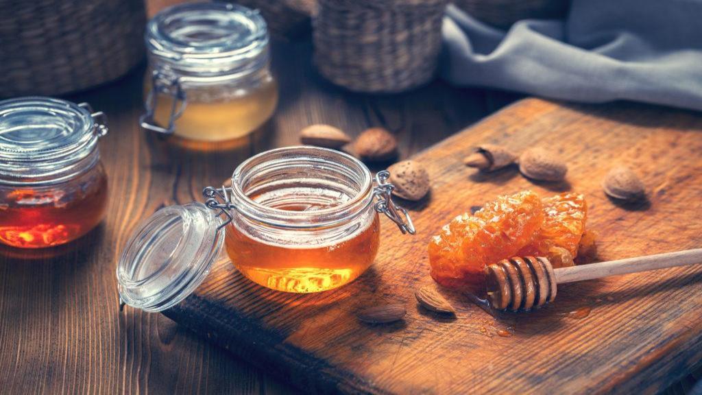 خواص عسل برای سلامتی و کاهش وزن + آیا عسل برای رژیم غذایی بد است