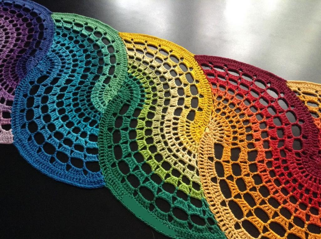 مدل رومیزی مارپیچ رنگارنگ