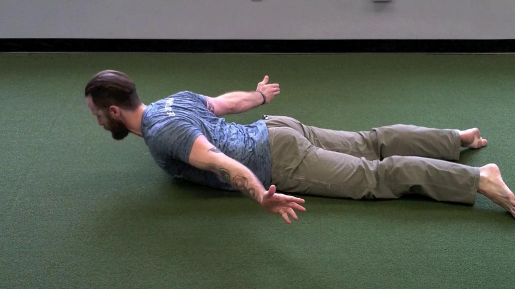حرکت کششی Prone Back Extension برای پشت درد