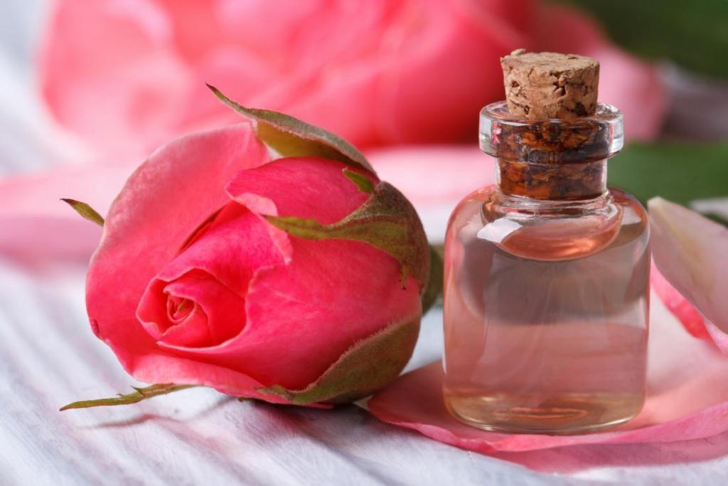 ژل پاک کننده صورت با گلاب