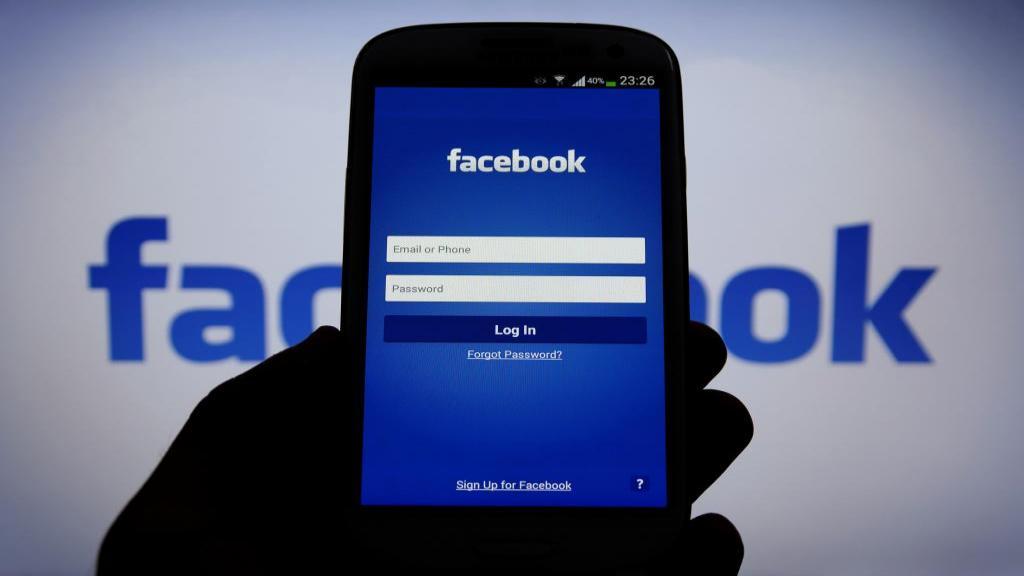 بازیابی رمز فیسبوک بدون ایمیل و شماره تلفن؛ بدست آوردن پسورد فراموش شده در فیس بوک