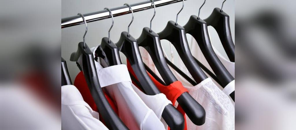 20 آیتم ضروری که باید در کمد لباستان برای داشتن یک ظاهر مینیمال داشته باشید