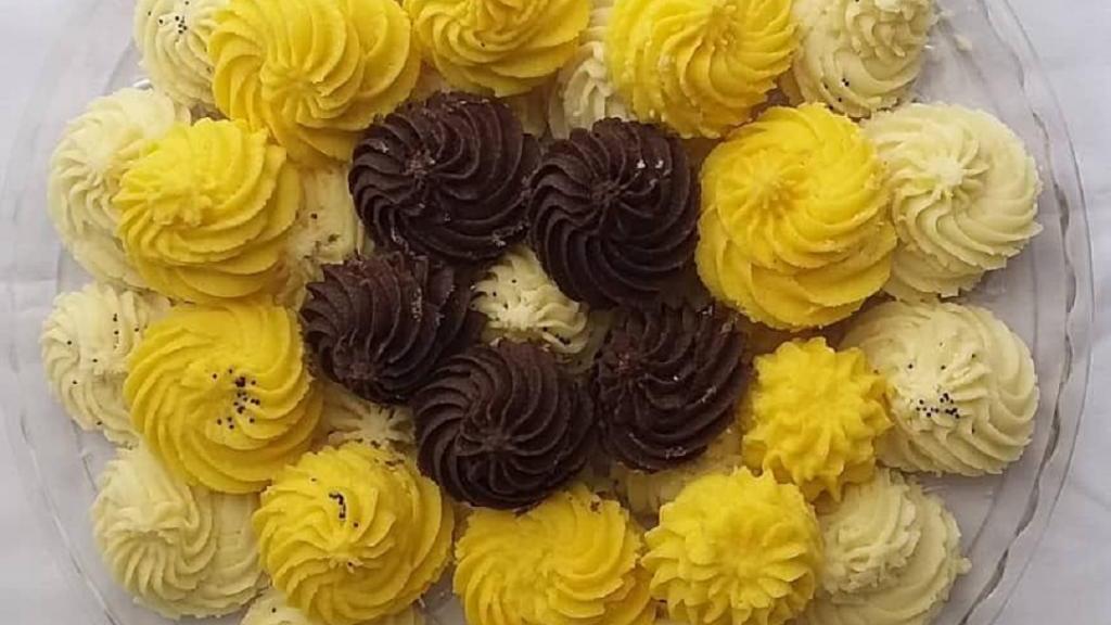 طرز تهیه شیرینی بهشتی (آردی) خانگی خوشمزه و لطیف به سبک قنادی