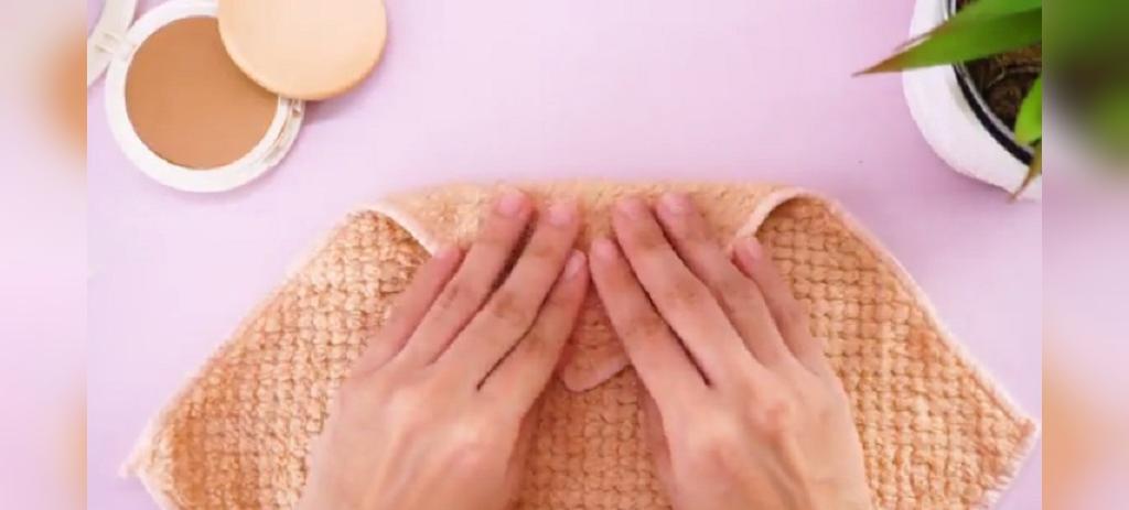 چگونه پدهای آرایشی را تمیز کنیم