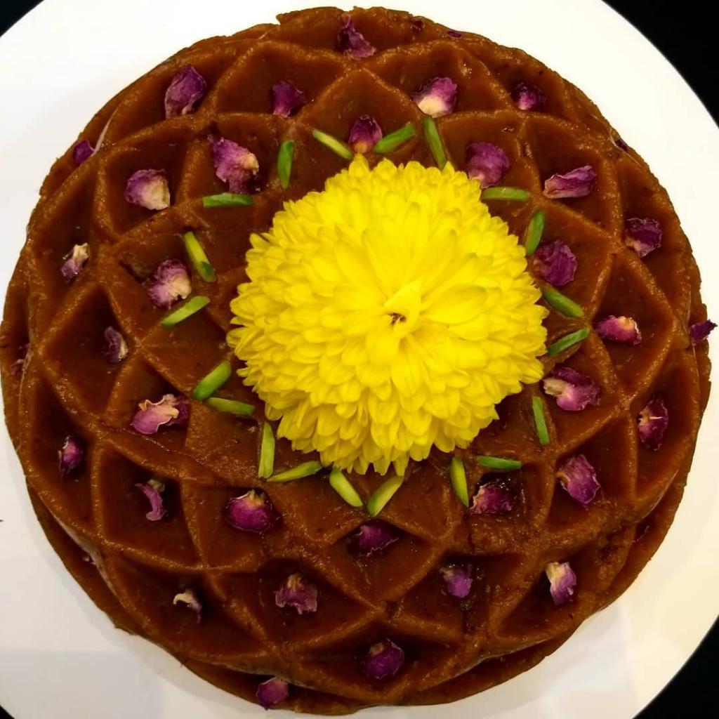 طرز تهیه حلوا با شیره انگور مجلسی و خوش رنگ