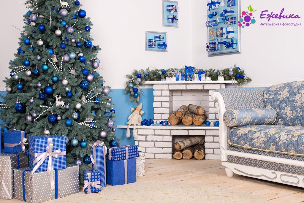 عکس درخت کریسمس با کاج تم آبی