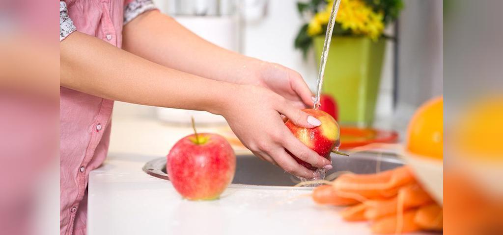 تمیز کزدن میوه ها با جوش شیرین