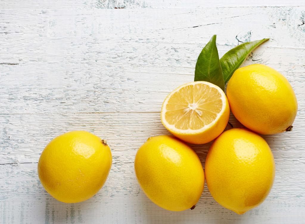 درمان سریع جوش با لیمو