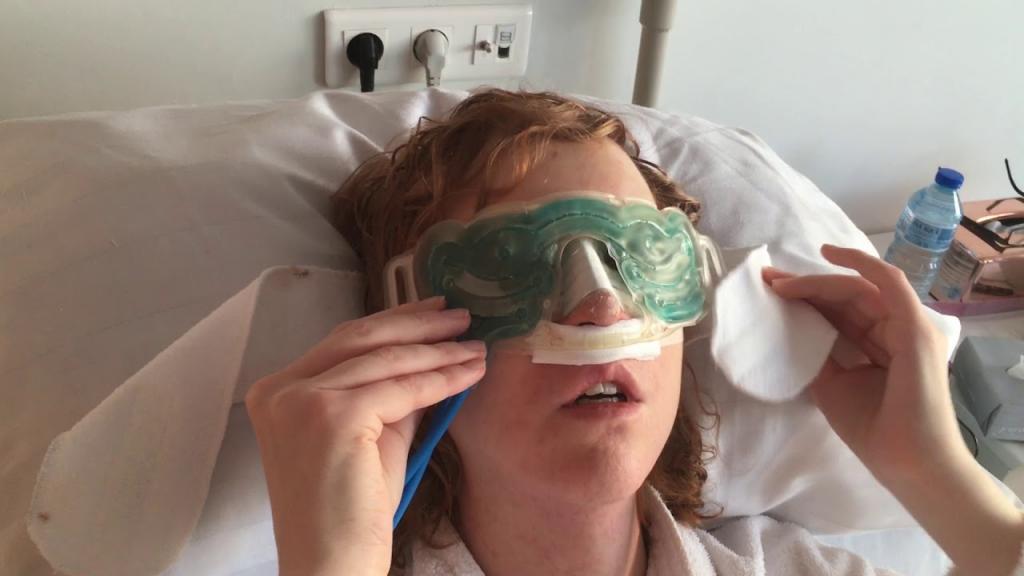 بهترین روش ها برای کاهش ورم و پف صورت پس از جراحی